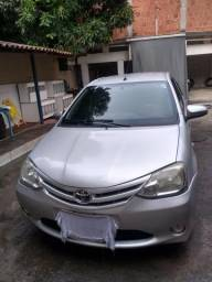 Etios Sedan 1.5x 2015 - 2015