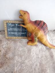 Dinossauro de borracha