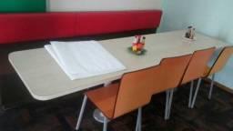 Mesa Para Lanchonete com Bancos Estofados