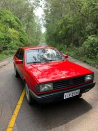 Voyage GLS 1988 vermelho ferrari