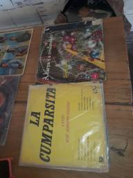 Discos de vinil semi novos, 65 unidades vários estilos musicais.