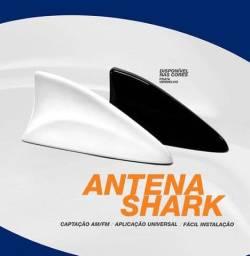 Antena Tubarão Shark Amplificada (Preta/Branca/Prata) traseira
