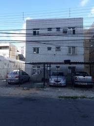 Apartamento 2 quartos em Casa Caiada