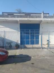 Título do anúncio: Alugo sala em Vilar dos Teles