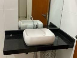 Título do anúncio: Bancada de marmore com Pia banheiro .