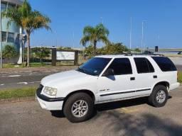 Título do anúncio: Camionete Chevrolet Blazer  V6 4.3