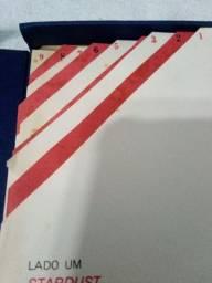 Título do anúncio: Box Discos de Vinil Stardust