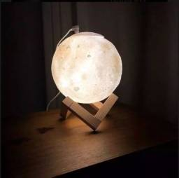 Título do anúncio: Umidificador Aromatizador Luminária Abajur Lua 3d 880ml