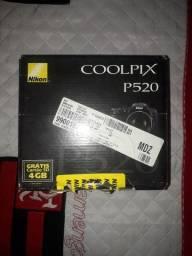 Câmera Nikon P520 18.1 MP LCD3.2 com todos os acessórios e documento com nota fiscal