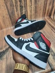 Título do anúncio: Basqueteira Nike Air Jordan Branco/Preto