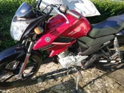 Título do anúncio: Moto FAZER 150 vermelha