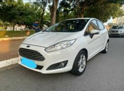 Ford Fiesta semi novo