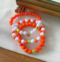 Título do anúncio: Lindas pulseiras de miçangas por apenas 4,00 o kit