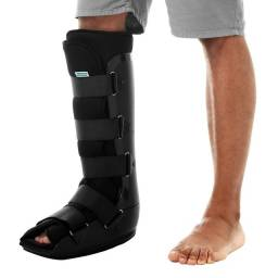 Título do anúncio: Bota nova ortopédica imobilizadora Robocop