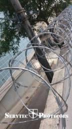Título do anúncio: cerca concertina galvanizada com instalação
