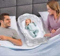 Título do anúncio: Opprtunidade -Bercinho Móvel Snuggle Nest -Semi Novo- Importado EUA