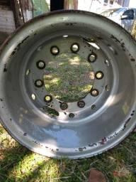 Vendo 2 aros de caminhão para pneus com camara 100 cada