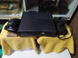 xbox 360 destravado com 9 jogos  , completo !!!!!