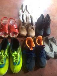 Patins e sapatos usados