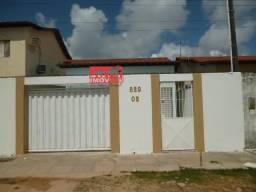 Cod 4292 Casa com 02 quartos em Candeias, com 54m² toda na cerâmica.
