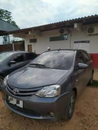 Toyota - Etios XS 1.5 Flex 16V 5p Mec - 2014