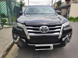 Toyota Hilux SW4 2016/2017 2.8 SRX 4X4 16V Turbo Intercooler Diesel 4P Automatica - 2017
