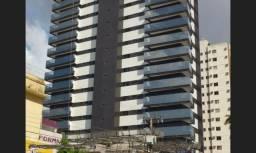 Vende-se Belíssimo Apartamento com 3 suítes, 2 vagas, 142m²