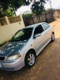 Astra Hatch 1.8 COMPLETO - 2001