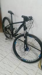 Bike CALOI VITUS semi nova com rodas VZAN EVEREST CSS DISC R29
