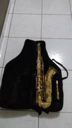 Saxofone tenor Michael