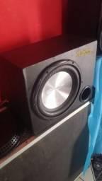 Caixa sub 600 wats
