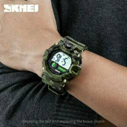 Relógio SKMEI camuflado militar a prova d'água