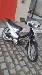 Troco Phoenix em uma moto atrasada - 2012