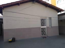 Casa com 8 quartos sendo 1 suíte, tipo Kitinetes à venda no bairro Leste Vila Nova, 280m²