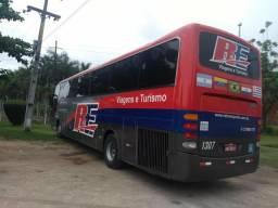 Vendo ou troco ônibus comil campione - 2004