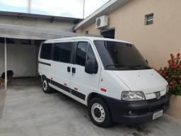 Van Boxer 2.8 Turbo Diesel R$ 25.300,00 - 2006