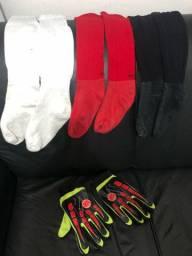Meião branco vermelho e preto