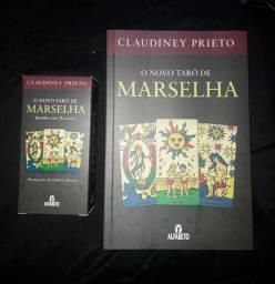 Kit de Livro e Jogo de Tarô novo