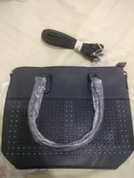 Bolsas e carteiras Nova