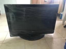 TV retirada de Peças