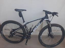 Bicicleta Giant Xtc Advanced 29er 1 (2015) - Tamanho M - Carbono. Único dono