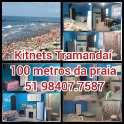 Pousada com kitnets a 100 metros da praia em Tramandaí