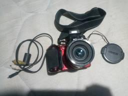 Vendo câmera Nikon coolpix L810