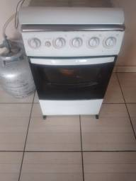 Título do anúncio: Vende se um fogão automático
