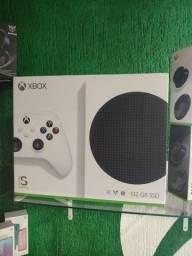 Xbox Série S com 2 CONTROLES - Lacrado com Garantia (A PRONTA ENTREGA!!!)