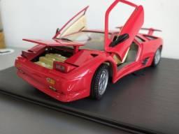 Título do anúncio: Lamborghini Diablo 1990 1/18 LEIA!!!