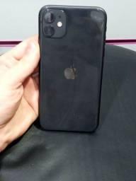 Título do anúncio: Iphone 11 de 128 GB, não aceito Olx pay