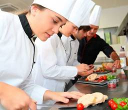 Título do anúncio: Cozinheiro e cheff