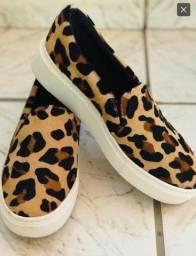 Sliper em couro jaguar Mondrian