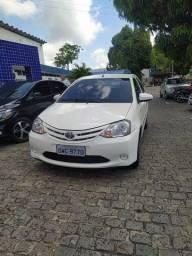 Título do anúncio: Etios sedan